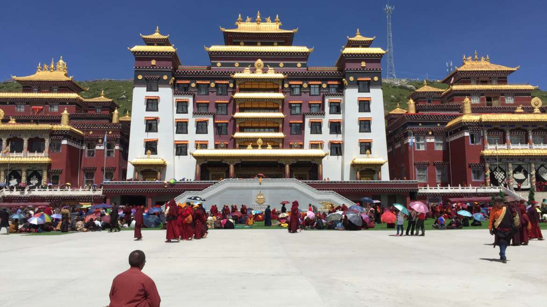 Eastern Tibet route, Sichuan, Dzogchen monastery