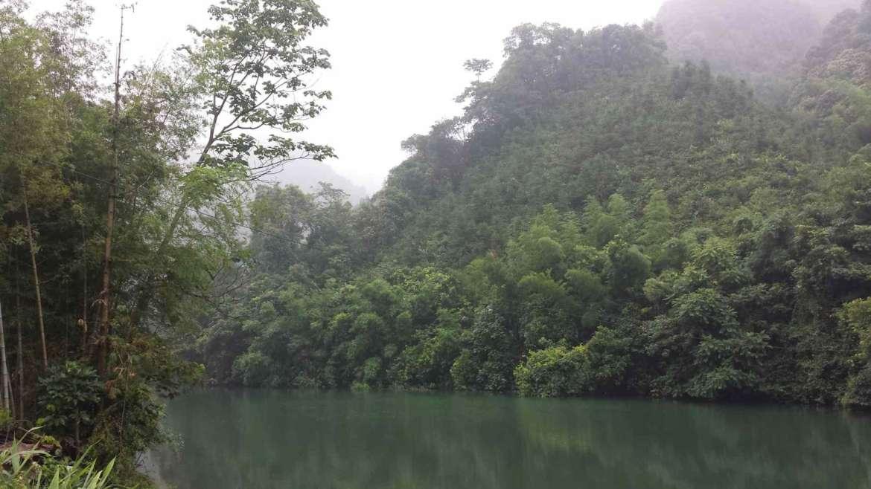 Bijia Mountain, along a river pool, Qingyuan