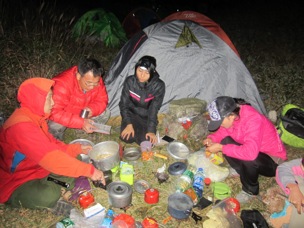 Camping dinner on Chuandiding peak, Chuandiding mountain, North Guangdong