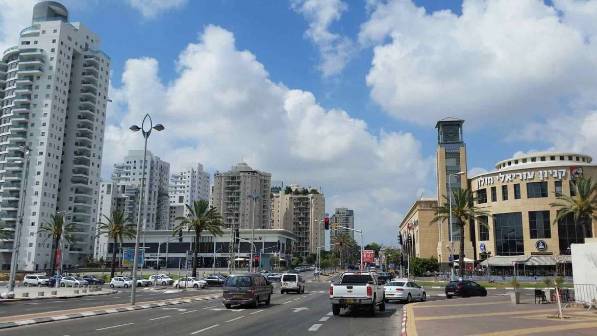 Israel itinerary- around of the modern streets of Tel Aviv