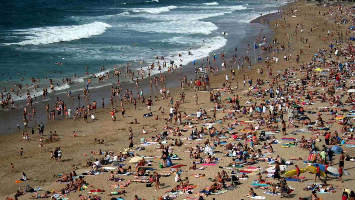 Over-tourism, crowded beach