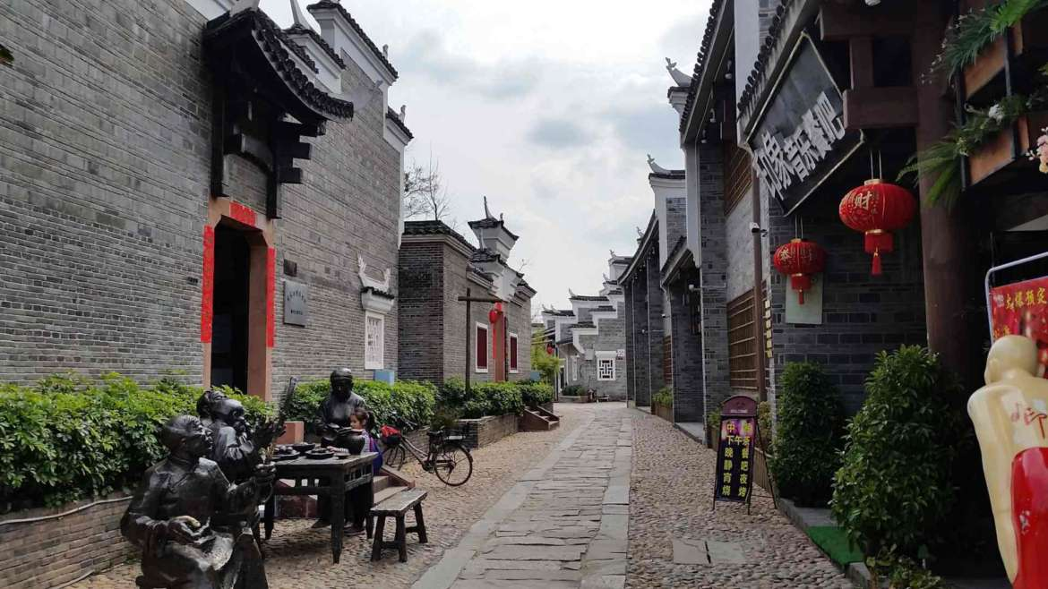 Explore South China! In an old street in Ganzhou, Jiangxi