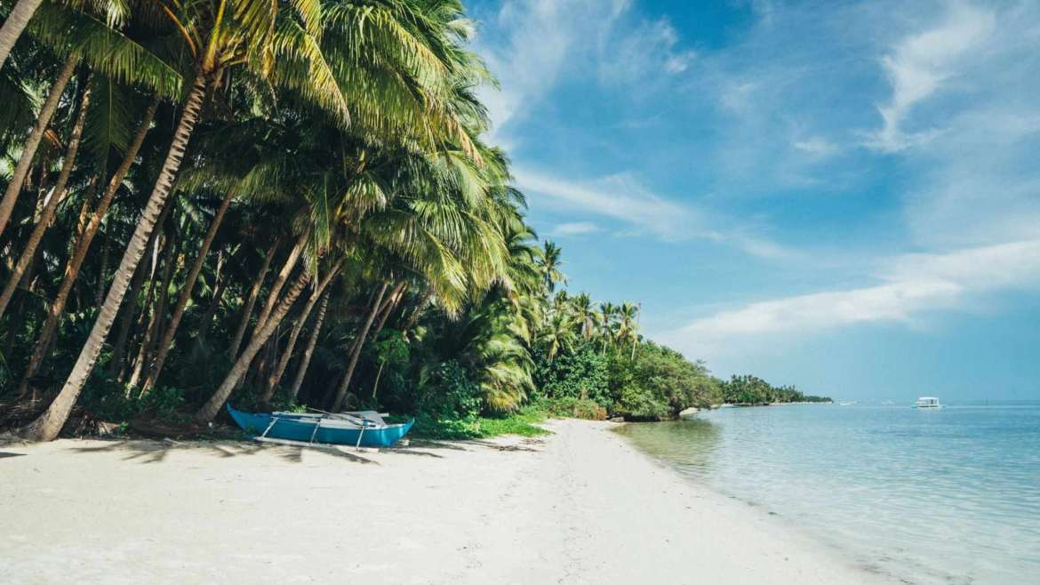 What to do in Siquijor- one of the beaches of San Juan