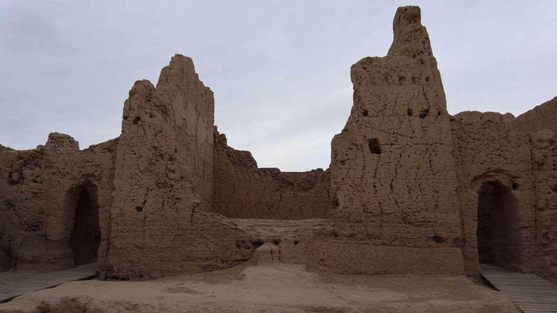 Travel in Turpan- Yar (Yarkhoto) ancient city
