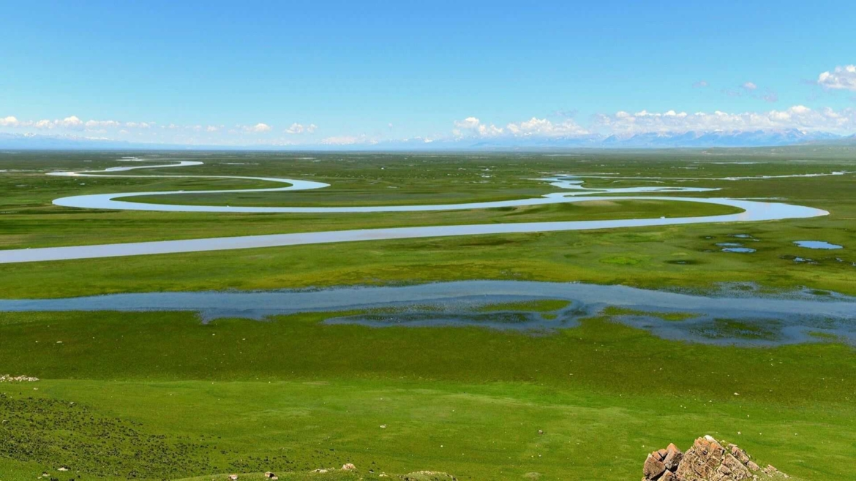 Xinjiang travel regulations- an endless wilderness