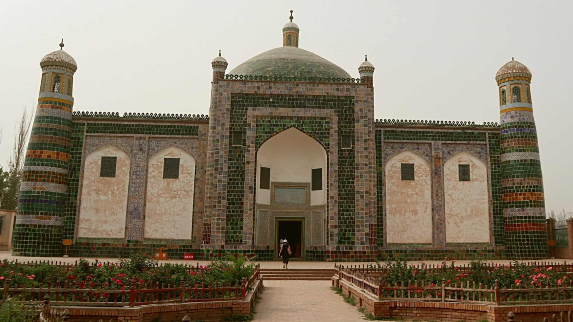 Xinjiang travel- Afaq Khoja Mausoleum in Kashgar