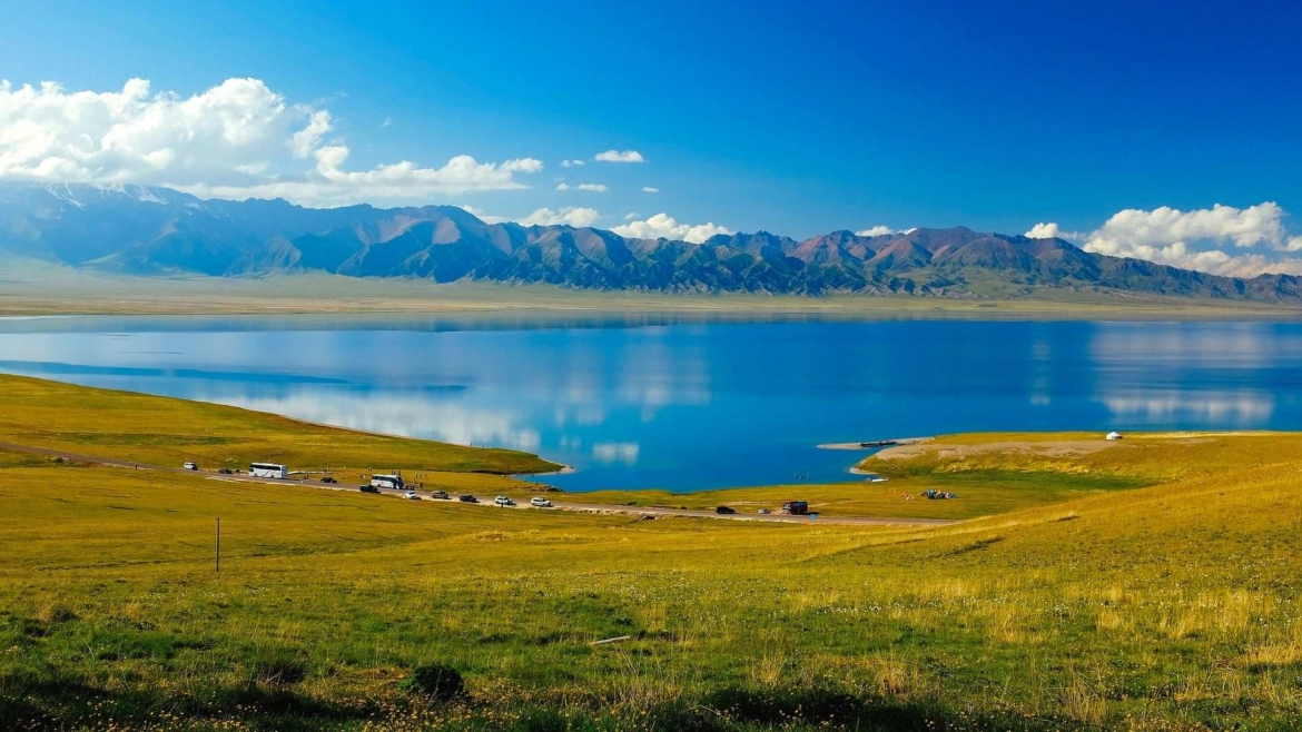 Xinjiang travel- Sayram Lake
