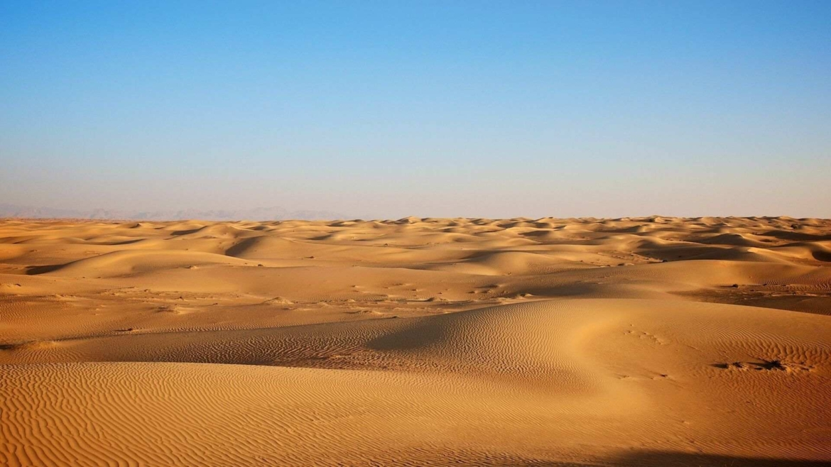 The vast spaces of Taklamakan Desert