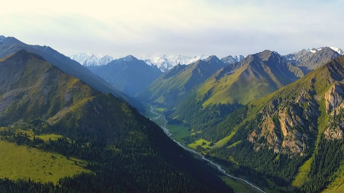 Trekking in Tianshan- Arashan Valley from above
