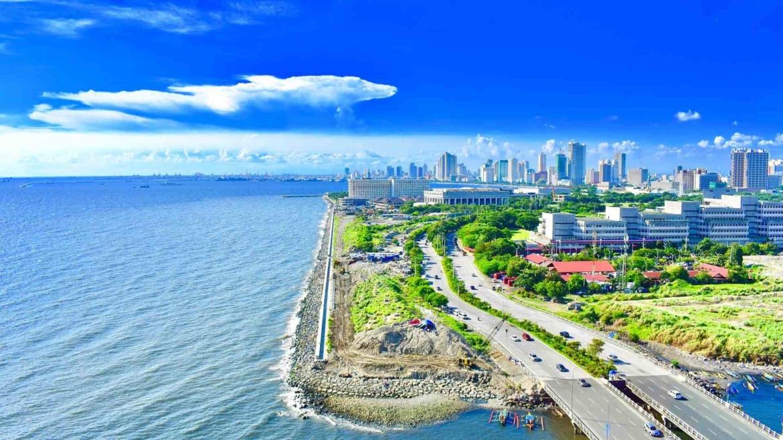 The coast of Manila