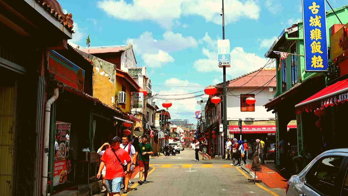 Places to visit in Melaka- Jonker Street