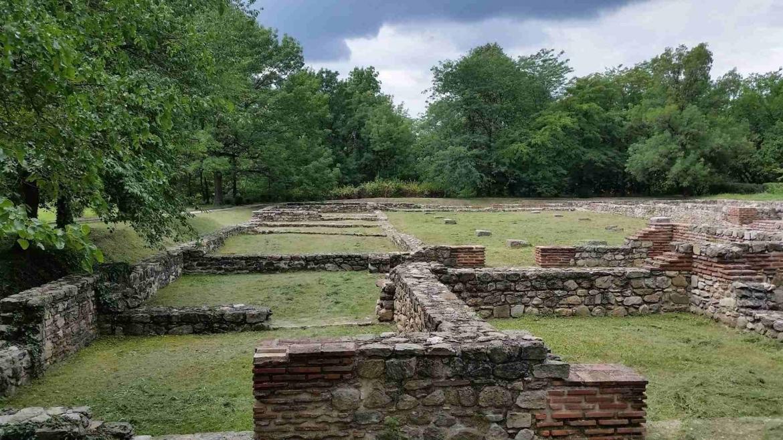 Silent ancient ruins
